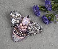 Odznaky/Brošne - Včela Rose ... brož - 10775654_