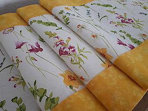 Úžitkový textil - Stredový obrus lúčne kvety - 10776258_