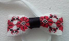 Doplnky - motýlik červená výšivka 2 - 10773967_