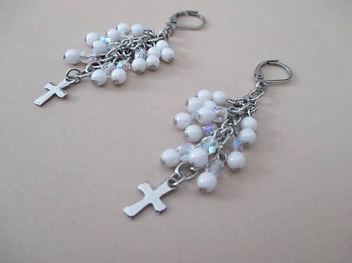 Korálkové náušnice s krížikom - bielo priehľadné - chir. oceľ