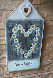 Dekorácie - Tabuľka - Domov je srdce plné lásky - 10773134_
