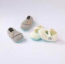 Topánočky - papučky s námorníckym gombíkom - 10775452_
