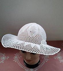 Čiapky - Háčkovaný dámsky klobúk bielý-môže byť aj ako svadobný - 10773593_