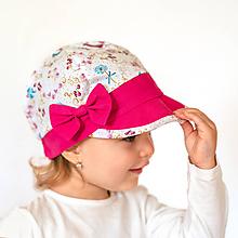 Detské čiapky - Šiltovka motýliky cyklaménová - 10776002_