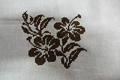 Nezaradené - výšivka ibišteka - 10776724_