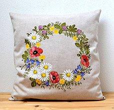 Úžitkový textil - Vankúš-ručne maľovaný-Letný venček - 10779966_