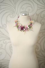 Náhrdelníky - Romantický kvetinový náhrdelník - 10780291_