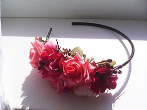 Ozdoby do vlasov - Kvetinová čelenka do vlasov ...ružičky vo vlasoch ... - 10780776_