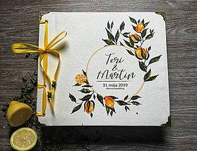 Papiernictvo - Fotoalbum klasický, papierový obal so štruktúrou plátna a personalizovanou vlastnou potlačou na prednej strane - 10782162_
