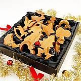 Dekorácie - Sada Vianočných Ozdôb 14ks Čerešňové drevo - 10780501_