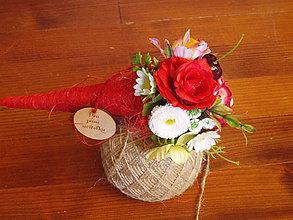Dekorácie - Letná kytička s čerešňami pre učiteľku v kornúte - 10780536_