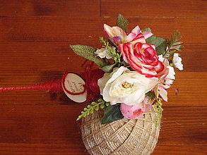 Dekorácie - Kytička s ružičkami pre učiteľku v kornúte - 10780545_