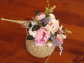 Dekorácie - Vintage kytička s levanduľou pre učiteľku v kornúte - 10780576_