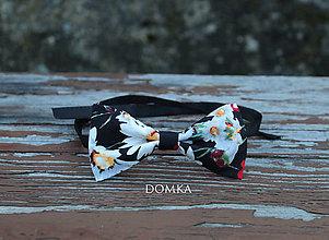 Doplnky - Pánsky motýlik (Čierna - vzor kvety) - 10783252_