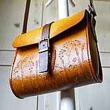 Kabelky - Kožená kabelka Floral crossbody messenger - 10782834_