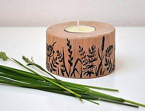 Svietidlá a sviečky - Drevený svietnik-Rastlinky - 10784753_