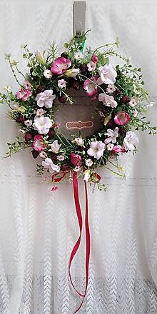 Dekorácie - Veniec... maliny a šípkové kvety - 10786225_