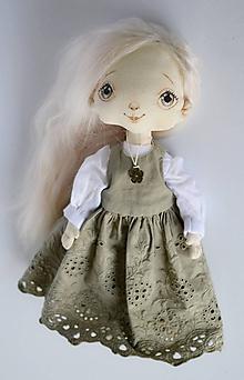 Hračky - Priateľky do kabelky. Textilná bábika - Lesanka - 10788266_