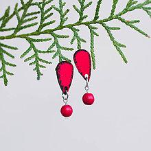 Náušnice - mini s kamienkom ~ napichovisiačky (červené s howlitom) - 10788317_