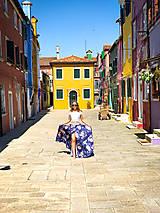 Sukne - Kvetovaná sukňa z jemného saténiku na gumu rôzne farby - 10788522_