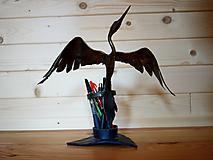 Pomôcky - Kovaný stojan na písacie potreby - volavka - 10786497_
