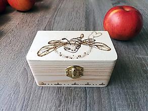 Krabičky - Box z prírodného dreva - Vážka zaláskovaná ... - 10787944_