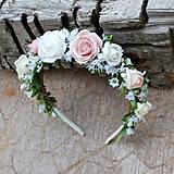 Čelenka z ružičiek romantická, bielo-ružová