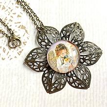 Náhrdelníky - Flower Bronze Filigree Necklace / Starobronzový vintage náhrdelník s ornamentmi v tvare kvetu /2111 - 10790356_