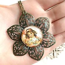 Náhrdelníky - Flower Bronze Filigree Necklace / Starobronzový vintage náhrdelník s ornamentmi v tvare kvetu /2111 - 10790607_