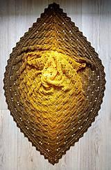 Šatky - Hačkovaná šatka Motýle - 10791614_