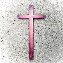 Dekorácie - Drevený Kríž – rôzne farby - 10789846_