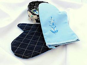 Úžitkový textil - Kuchynská chňapka (rukavice) s ručnou výšivkou - 10790496_