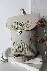 Batohy - Ručné vyšívaný batoh Poľné kvety - 10793230_