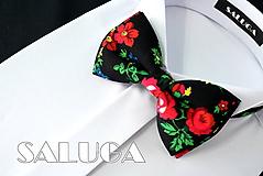 Doplnky - Čierny kvetinový motýlik - farebný - folklórny - 10796092_