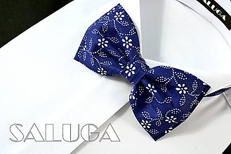 Doplnky - Pánsky modrý motýlik - vzorovaný - modrotlač (pánsky motýlik s vreckovkou) - 10796654_