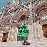 Šaty - UNI Volánové šaty z jemného nekrčivého saténiku rôzne farby - 10796932_