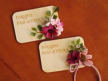 Magnetky - Kvetinová magnetka s kvietkkami a textom pre učiteľky - 10795448_
