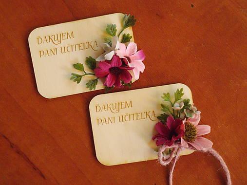Kvetinová magnetka s kvietkkami a textom pre učiteľky
