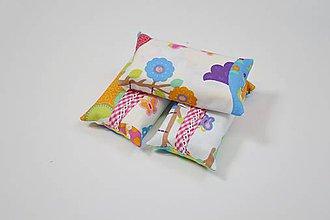 Iné tašky - Prenosný obal / zásobník na papierové vreckovky farebné sovy - 10798941_