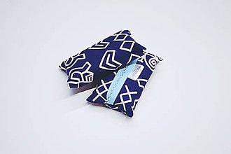 Iné tašky - Prenosný obal / zásobník na papierové vreckovky modro-biele čičmany - 10799251_