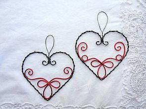 Dekorácie - vyšívané srdcom - červené...folk - 10799292_