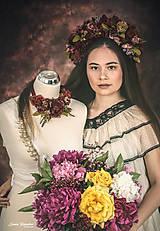 Náhrdelníky - Romantický kvetinový náhrdelník - bordový - 10797308_