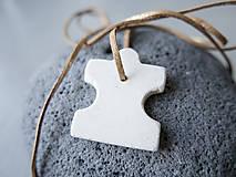 Náhrdelníky - Betónový prívesok - puzzle 2 - 10798836_