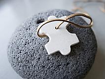Náhrdelníky - Betónový prívesok - puzzle 3 - 10798860_