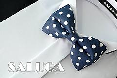 Detské doplnky - Tmavo modrý detský motýlik - na biele guľky - 10798365_