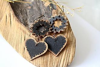 Náušnice - drevené folk náušnice-čierne - 10797928_