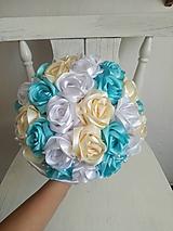 Kytice pre nevestu - Kytica z krémových a tyrkysových ruží - 10799541_