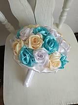 Kytice pre nevestu - Kytica z krémových a tyrkysových ruží - 10799542_