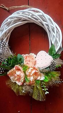 Dekorácie - Ružový venček na dvere - 10800344_