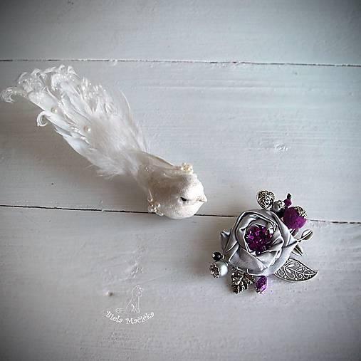 Art brošňa - ruža fialová, srdiečko, strieborná